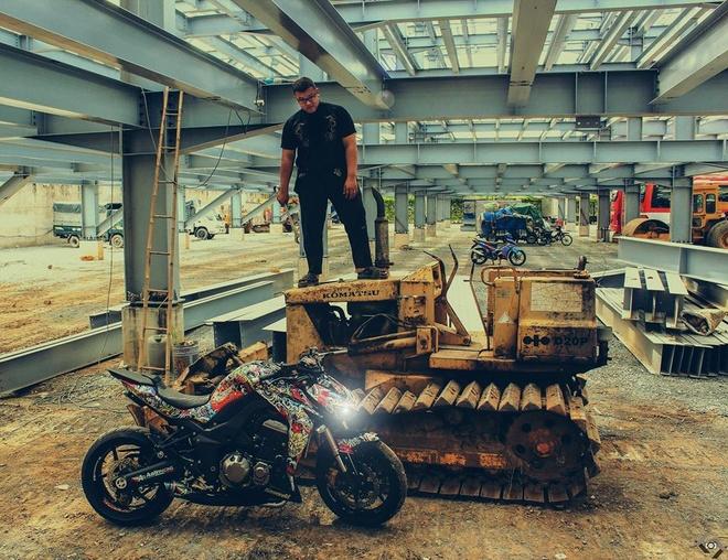 Kawasaki Z1000 do phong cach mafia Nhat cua biker Sai Gon hinh anh 7