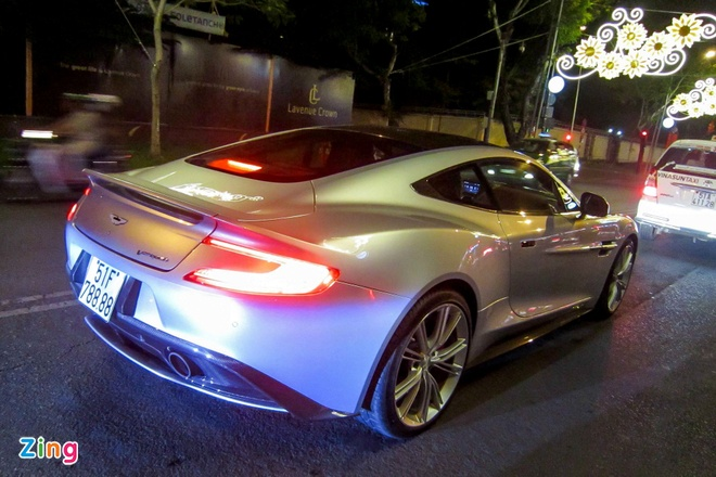 Chi tiet Aston Martin Vanquish hang doc tai Sai Gon hinh anh 13