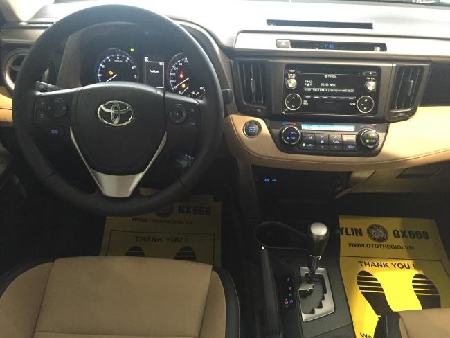 Toyota RAV4 2016 da ve Viet Nam, gia gan 1,8 ty dong hinh anh 2