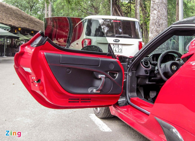 Chi tiet xe la Alfa Romeo 4C tai Sai Gon hinh anh 7