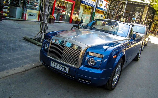 Chi tiet sieu xe Rolls-Royce Drophead Coupe o Sai Gon hinh anh