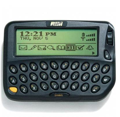 San xuat toan may Android, BlackBerry duoc gi va mat gi? hinh anh 2