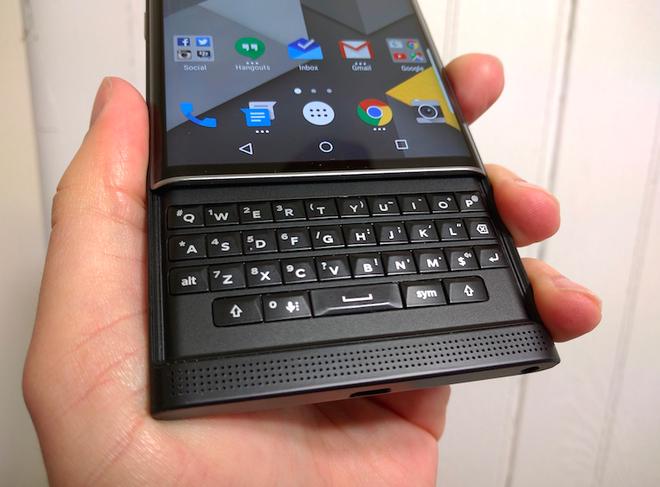 San xuat toan may Android, BlackBerry duoc gi va mat gi? hinh anh