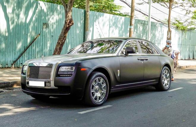 Xe sieu sang Rolls-Royce Ghost mau la xuat hien o Sai Gon hinh anh 1
