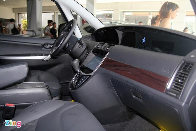 Luxgen M7 - doi thu Toyota Innova tai Viet Nam hinh anh 5