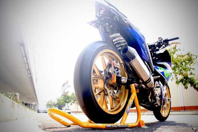 Exciter do phong cach xe dua M1 cua biker Sai Gon hinh anh 3