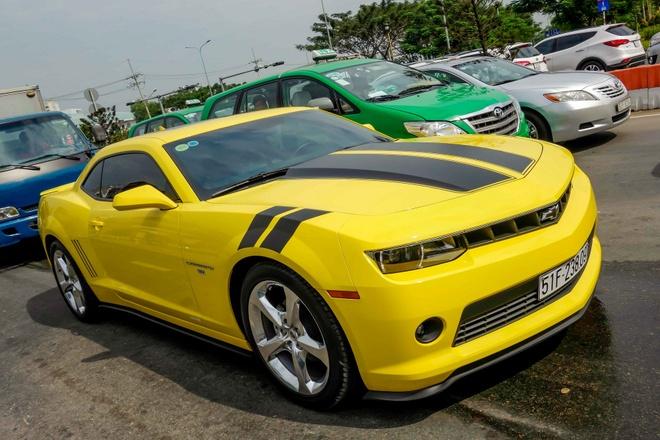 Camaro RS 2014 dau tien ra bien so o Sai Gon hinh anh