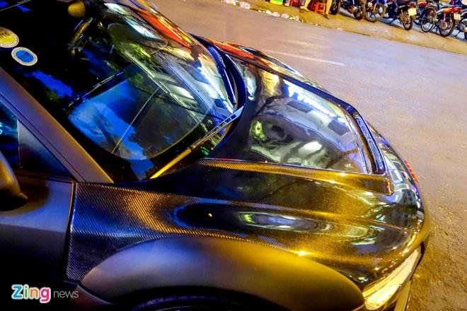 Sieu xe Audi R8 do do choi hang hieu tren pho Sai Gon hinh anh 7