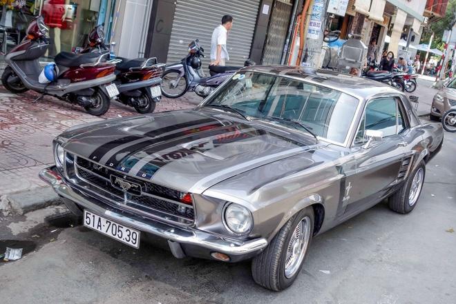 Bo suu tap Mustang doc dao o Sai Gon hinh anh