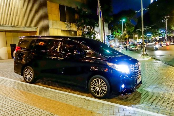 Toyota Alphard bien dep gia 3,7 ty dong o Sai Gon hinh anh