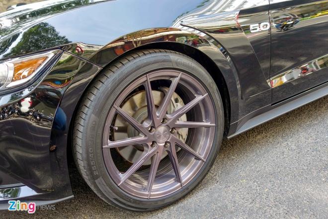 Ford Mustang GT do goi phu kien hang hieu o Sai Gon hinh anh 5