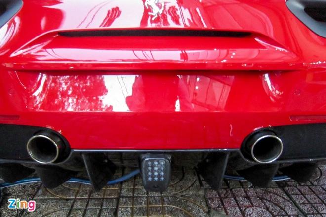 3 sieu xe Ferrari 488 GTB dau tien ve TP HCM hinh anh 5