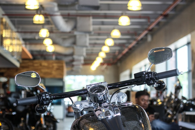 Harley-Davidson Breakout son thu cong gia 1,3 ty ve Viet Nam hinh anh 8