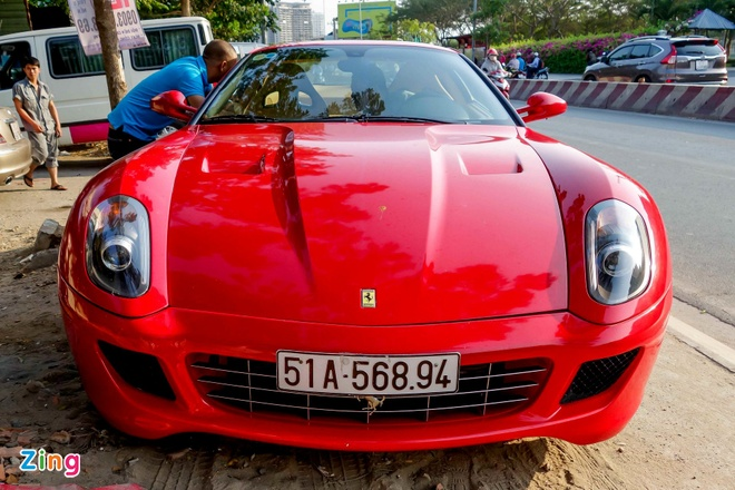 Sieu xe Ferrari 599 doc nhat Viet Nam cua dai gia ca phe hinh anh 1