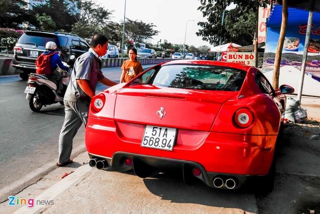 Sieu xe Ferrari 599 doc nhat Viet Nam cua dai gia ca phe hinh anh 2