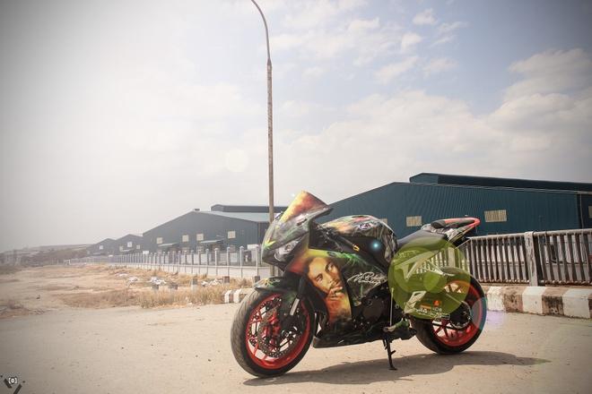 Honda CBR 1000RR phong cach Rock and Roll cua biker Sai Gon hinh anh 4