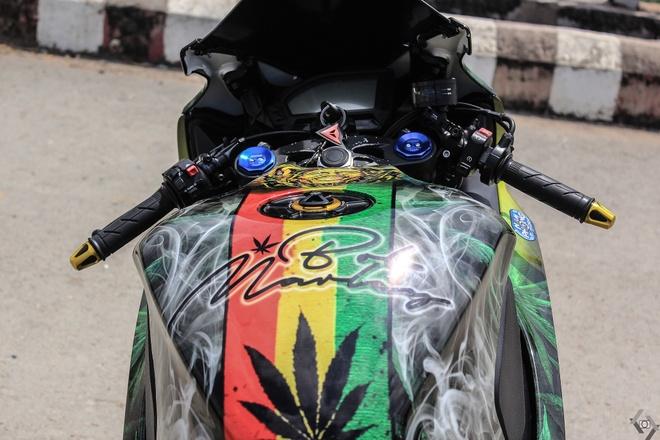 Honda CBR 1000RR phong cach Rock and Roll cua biker Sai Gon hinh anh 6