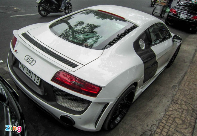 Audi R8 V10 tai Sai Gon do goi than vo den tu Duc hinh anh 13