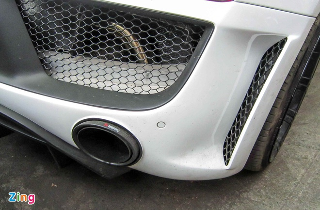 Audi R8 V10 tai Sai Gon do goi than vo den tu Duc hinh anh 7