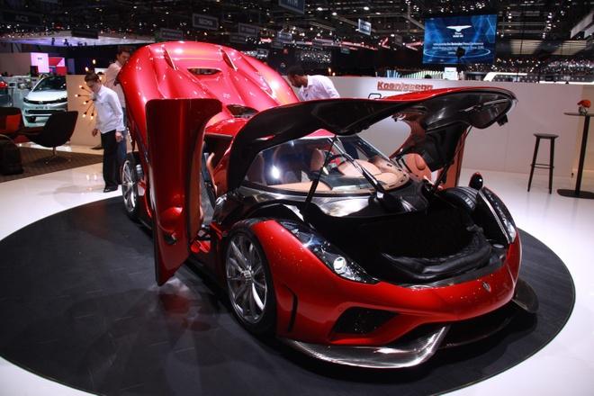 Koenigsegg Regera ban thuong mai ra mat, gia 1,9 trieu USD hinh anh 1