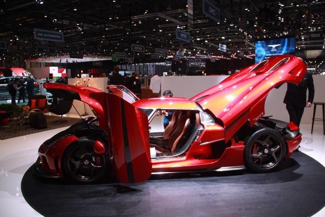 Koenigsegg Regera ban thuong mai ra mat, gia 1,9 trieu USD hinh anh