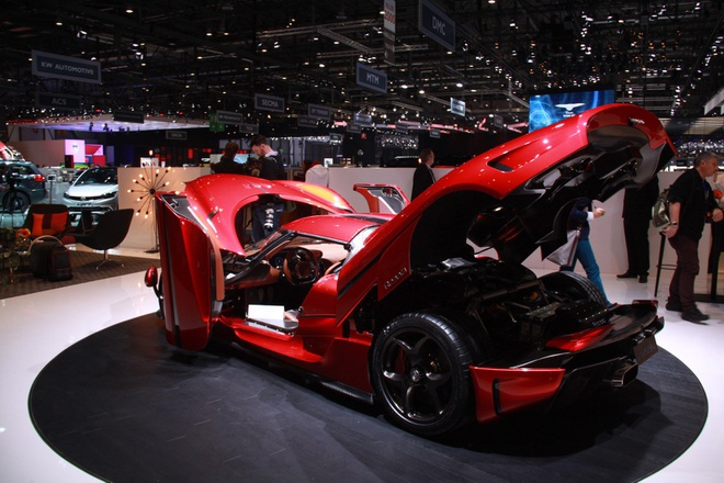 Koenigsegg Regera ban thuong mai ra mat, gia 1,9 trieu USD hinh anh 5
