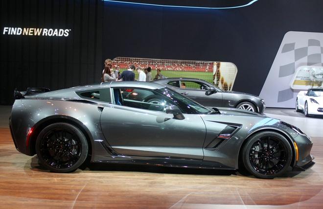 Sieu xe Corvette Grand Sport trang bi lop sieu dinh hinh anh 1
