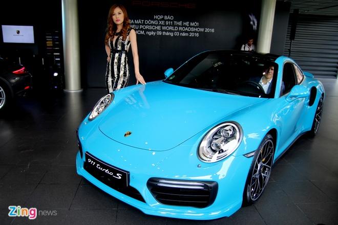 Chi tiet chiec Porsche dat nhat vua ban tai Viet Nam hinh anh 8