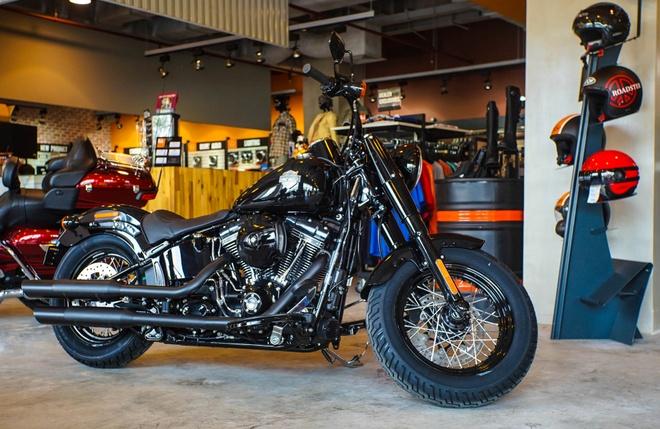 Moto Harley phong cach bobber gia gan 1 ty dong tai Viet Nam hinh anh 1