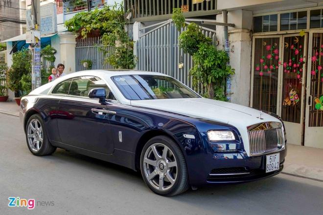 Rolls-Royce Wraith chinh hang dau tien ra bien so TP HCM hinh anh 3