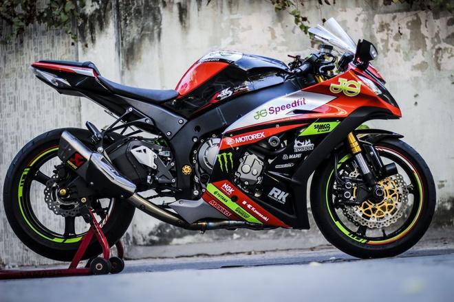 Kawasaki ZX10R son tem va do do choi cua biker Dong Nai hinh anh 1