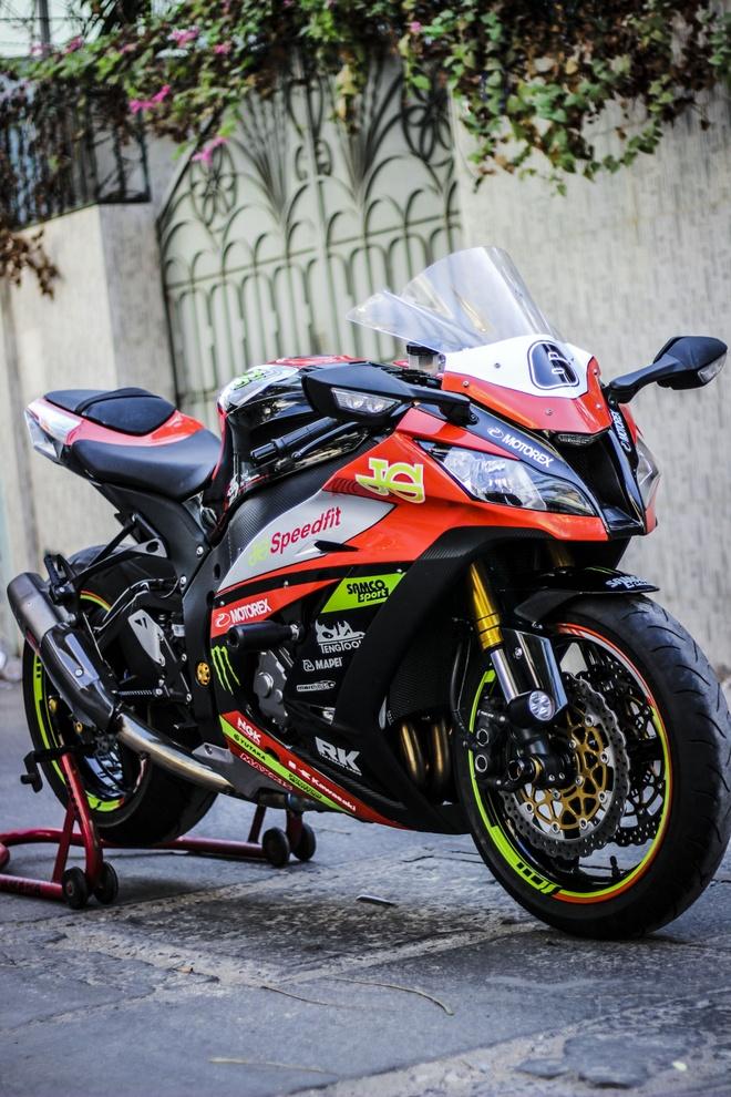 Kawasaki ZX10R son tem va do do choi cua biker Dong Nai hinh anh 3