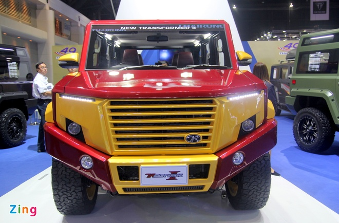 Toyota Hilux do phong cach Iron Man anh 1