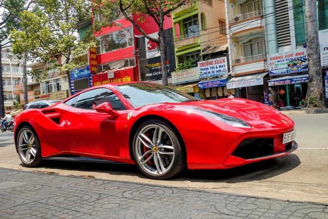 Sieu xe Ferrari 488 GTB dau tien ra bien so TP HCM hinh anh
