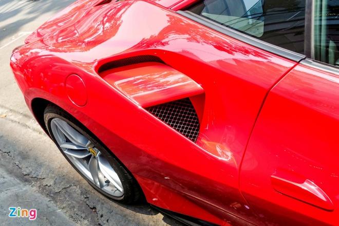 Sieu xe Ferrari 488 GTB dau tien ra bien so TP HCM hinh anh 6