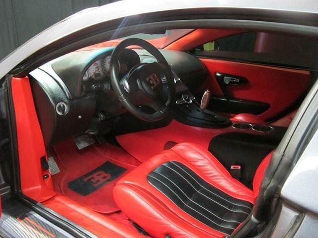 Bugatti Veyron nhai gia 82.000 USD hinh anh 3