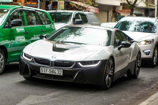 BMW i8 mau la cua dai gia ca phe o Sai Gon hinh anh