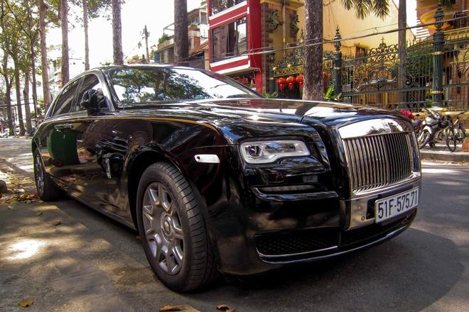 Rolls-Royce Ghost Series II dau tien ra bien so o Sai Gon hinh anh