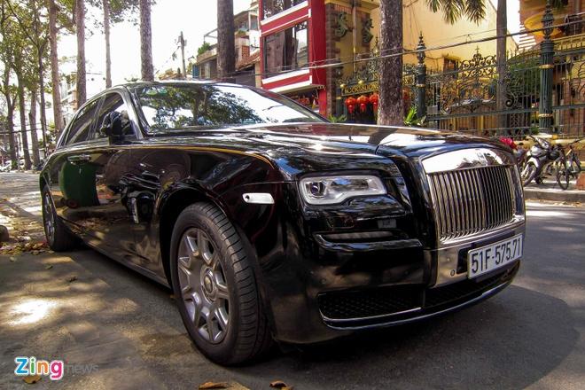 Rolls-Royce Ghost Series II dau tien ra bien so o Sai Gon hinh anh 1