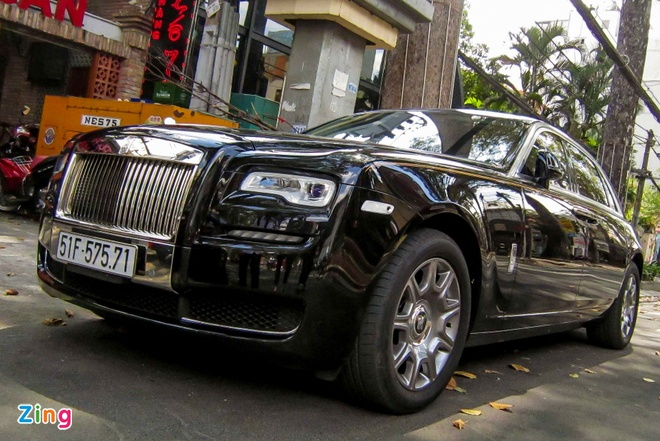 Rolls-Royce Ghost Series II dau tien ra bien so o Sai Gon hinh anh 2
