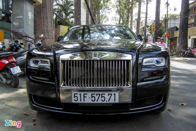 Rolls-Royce Ghost Series II dau tien ra bien so o Sai Gon hinh anh 5