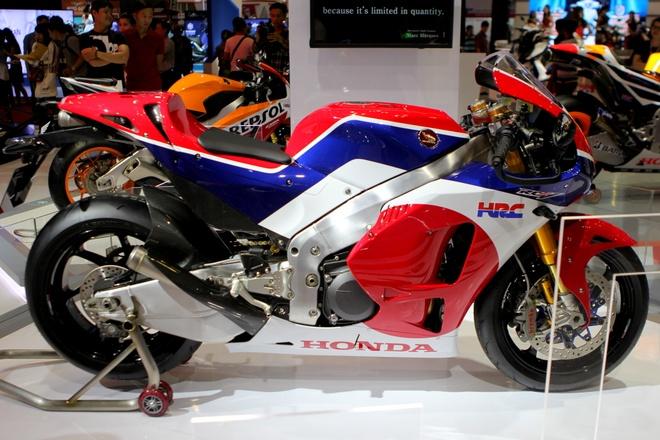 Sieu moto Honda RC213V-S gia 5,5 ty den Viet Nam hinh anh