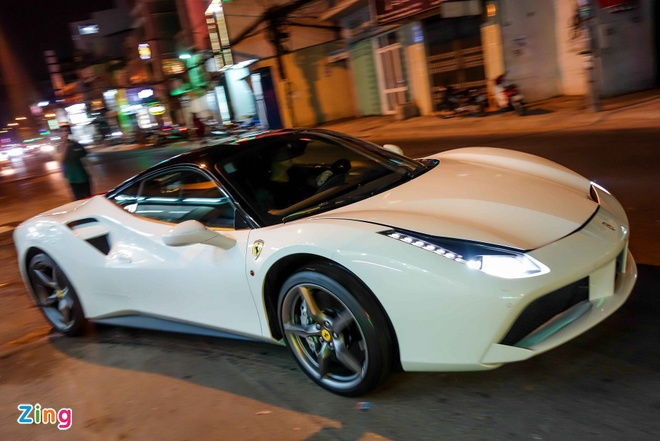 Sieu xe Ferrari 488 GTB thu 4 xuat hien tai Viet Nam hinh anh 9