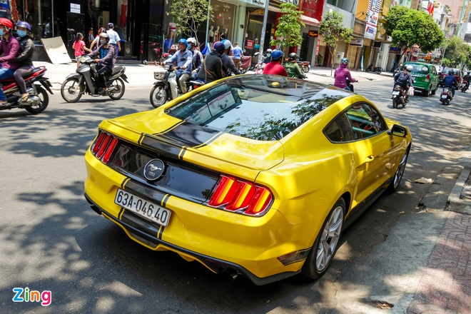 Ford Mustang ban dac biet cua thieu gia Tien Giang hinh anh 4