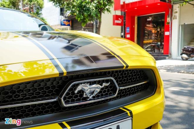Ford Mustang ban dac biet cua thieu gia Tien Giang hinh anh 5