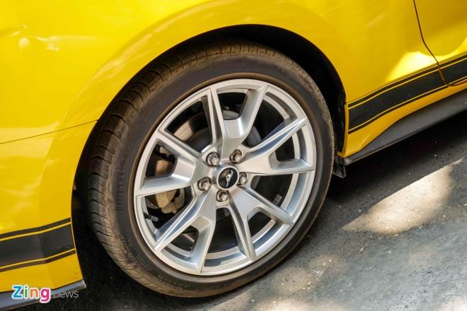 Ford Mustang ban dac biet cua thieu gia Tien Giang hinh anh 6
