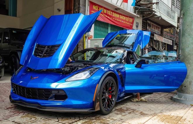 Sieu xe Chevrolet Corvette Z06 mau xanh dau tien ve Viet Nam hinh anh