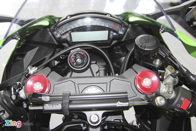 So sanh sieu moto Kawasaki ZX-10R ban cu va moi hinh anh 17