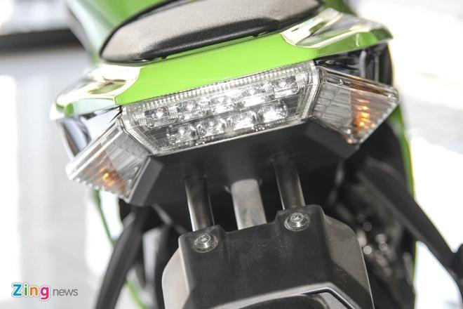 So sanh sieu moto Kawasaki ZX-10R ban cu va moi hinh anh 20