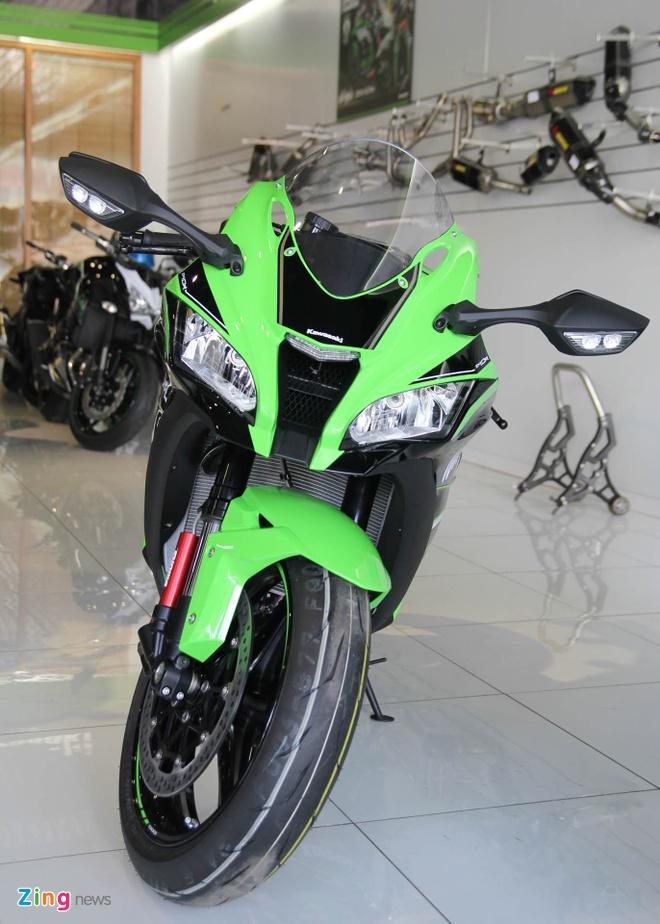 So sanh sieu moto Kawasaki ZX-10R ban cu va moi hinh anh 3